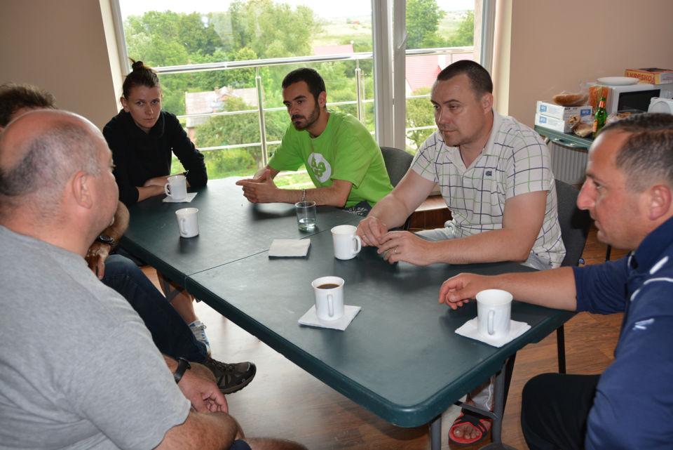 You are browsing images from the article: Використання методів виживання в роботі з сільською молоддю