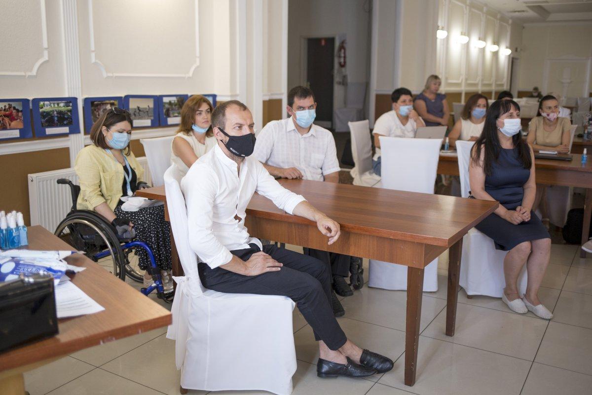 You are browsing images from the article: Тренінг в Сєвєродонецьку. Європейські молодіжні програми обмінів, навчання та волонтерства.
